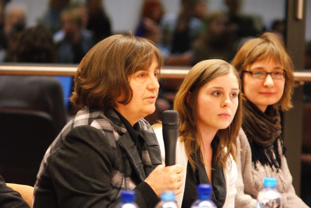 Głos zabiera prof. Irena Borowik - socjolog religii